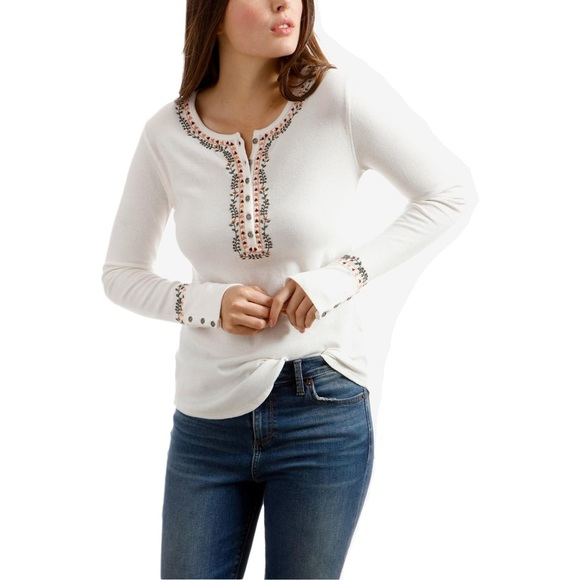 Lucky Brand Tops - ✨❄️LUCKY BRAND EMBROIDERED THERMAL❄️✨